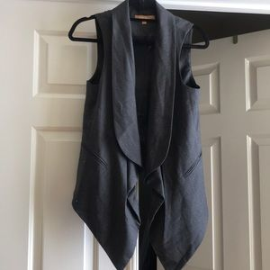 Ellen Tracy vest with pockets